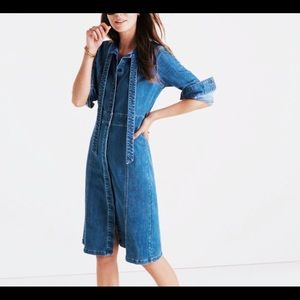 Madewell tie-knot shirtdress